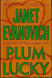 Plum Lucky Stephanie Plum Between the Numbers by Janet Evanovich 1st ed HC 2008