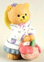 Bronson Bears of Distinction figurine Picnicking Penelope by Katharine Stevenson