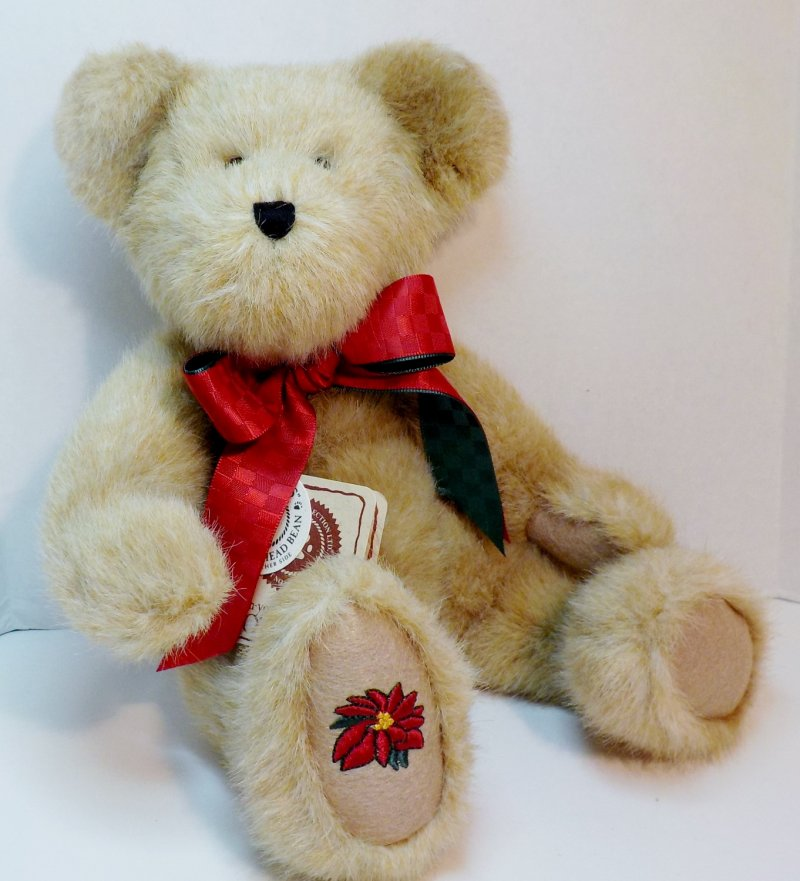 JB Bean and Associates Christmas/Holiday Bear Retired