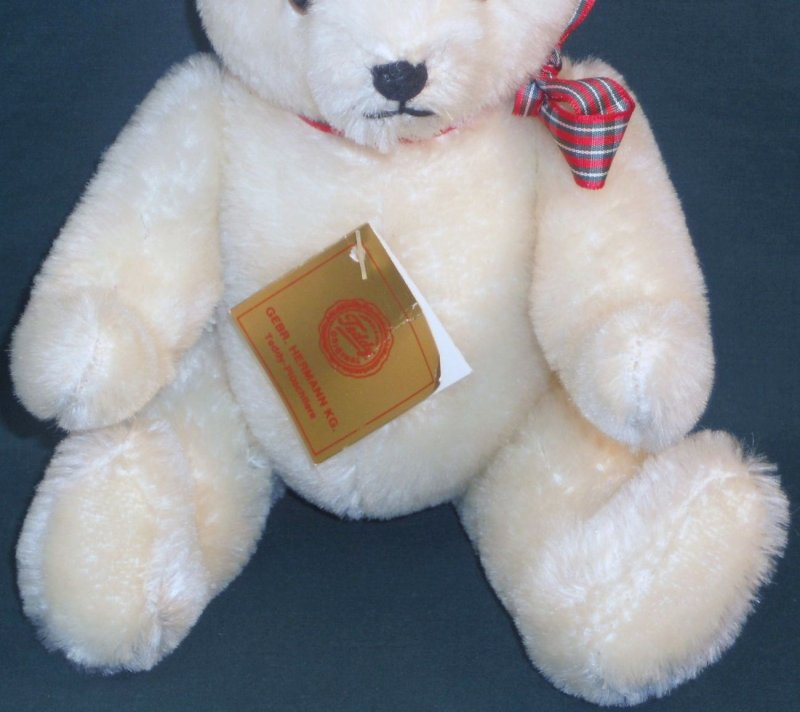 10 inch bear exclusive 1985