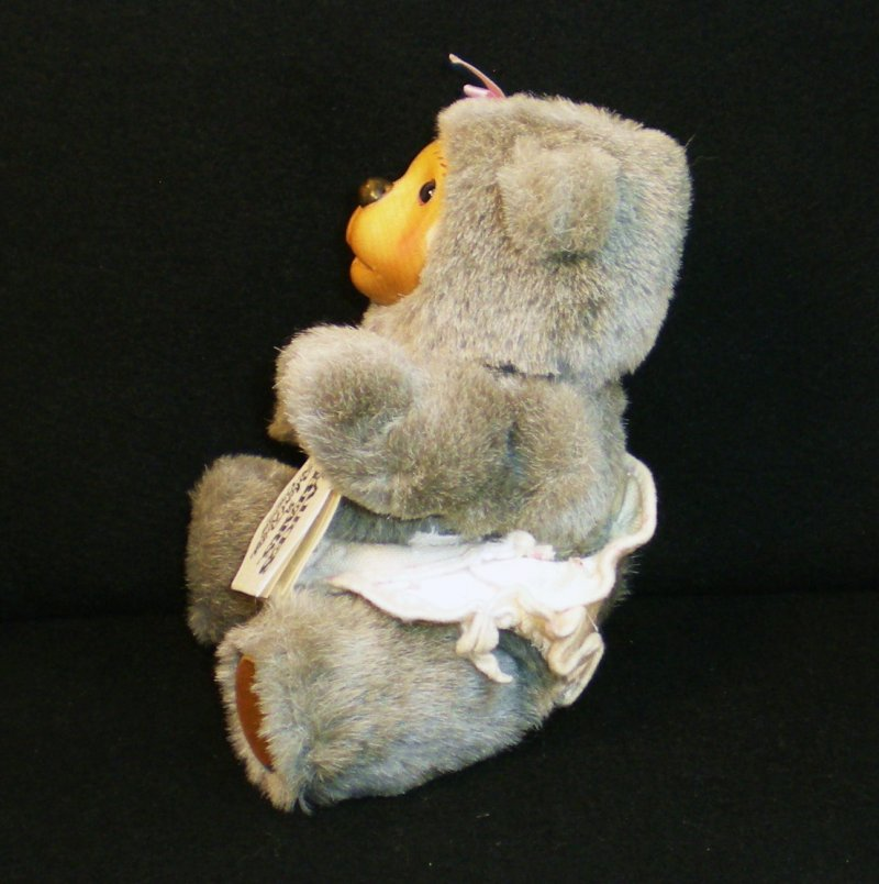 Image 3 of Robert Raikes Bear Alison and cradle Nursery Miniatures 1990