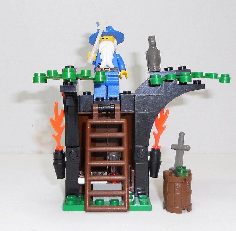 Image 3 of Lego Magic Shop Castle Set 6020 Dragon Master Majisto 1993