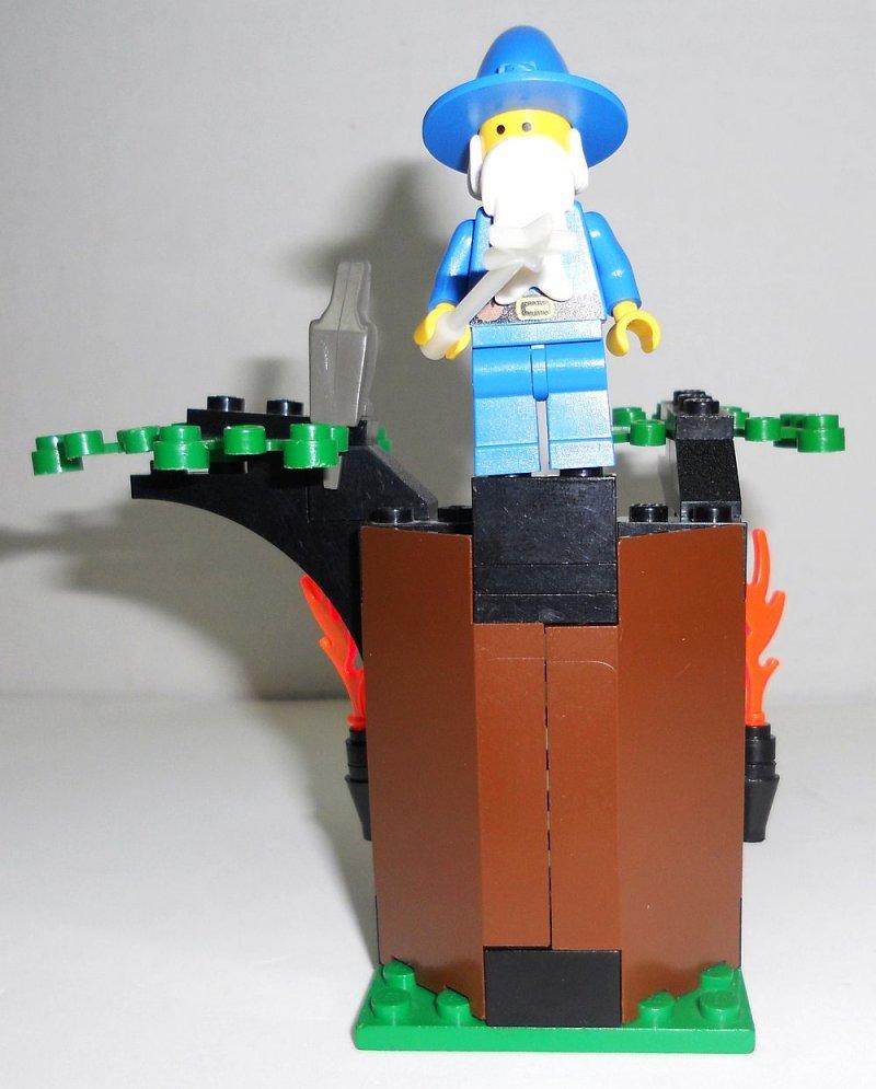 Image 5 of Lego Magic Shop Castle Set 6020 Dragon Master Majisto 1993