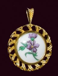 Pendants of the World The Hutschenreuther Pendant Germany