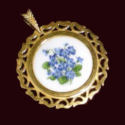 Pendants of the World The Hammersley Pendant England
