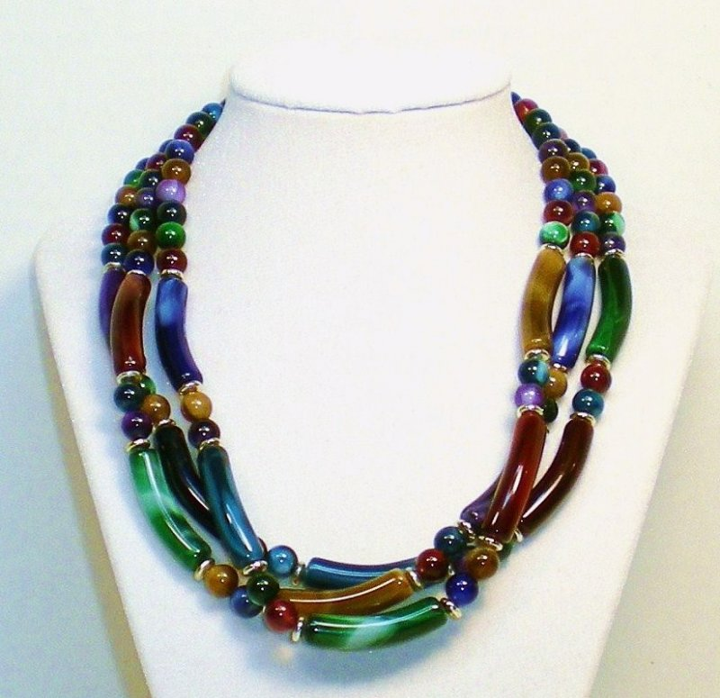 marbled three strand multi colored beaded necklace