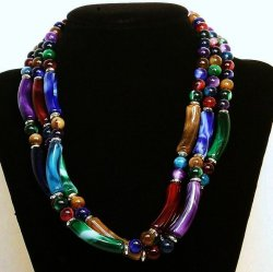 '.Marbled Necklace 3 strand.'