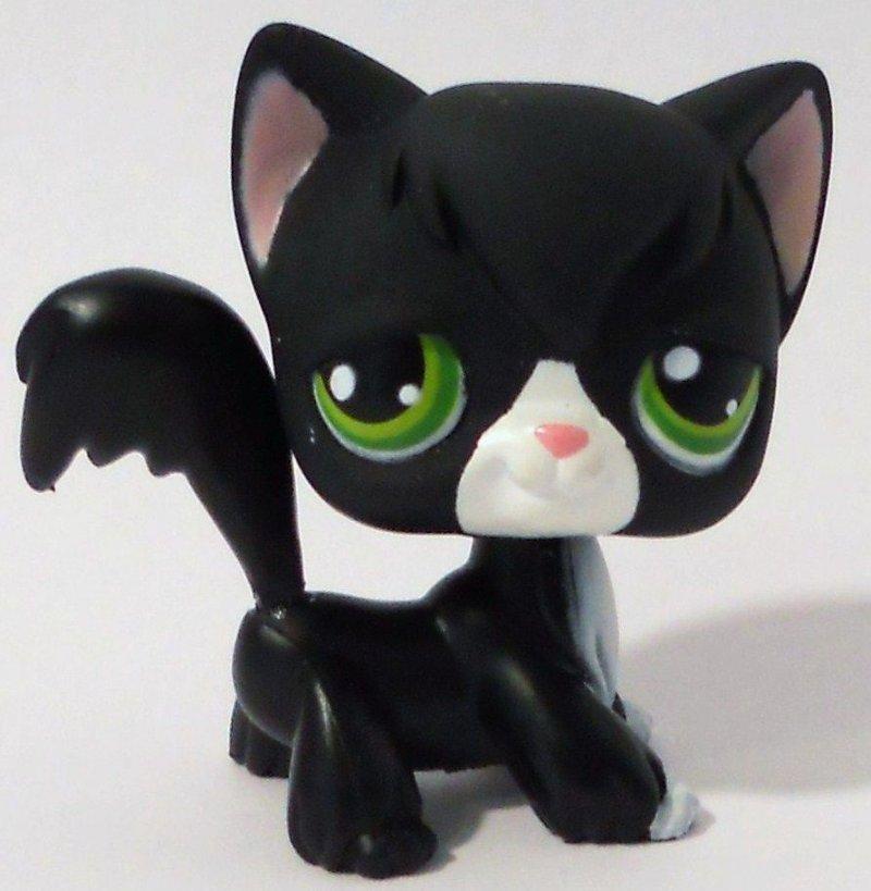 Littlest Pet Shop Black Tuxedo Angora Cat 55 green eyes loose