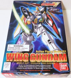 Wing Gundam 1/144 Mobile Suit Gundam model Bandai 1995