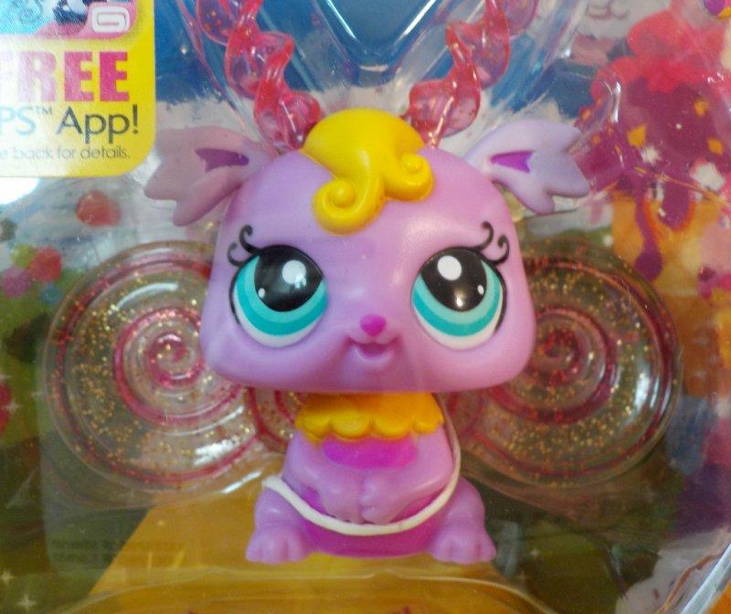 Littlest Pet Shop Light up glow Fairies with Pet Collector Token