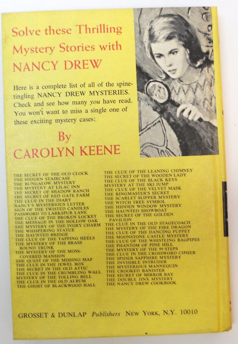 Nancy Drew book 7 picture cover Carolyn Keene 1973