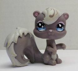 Littlest Pet Shop gray Squirrel #484 loose