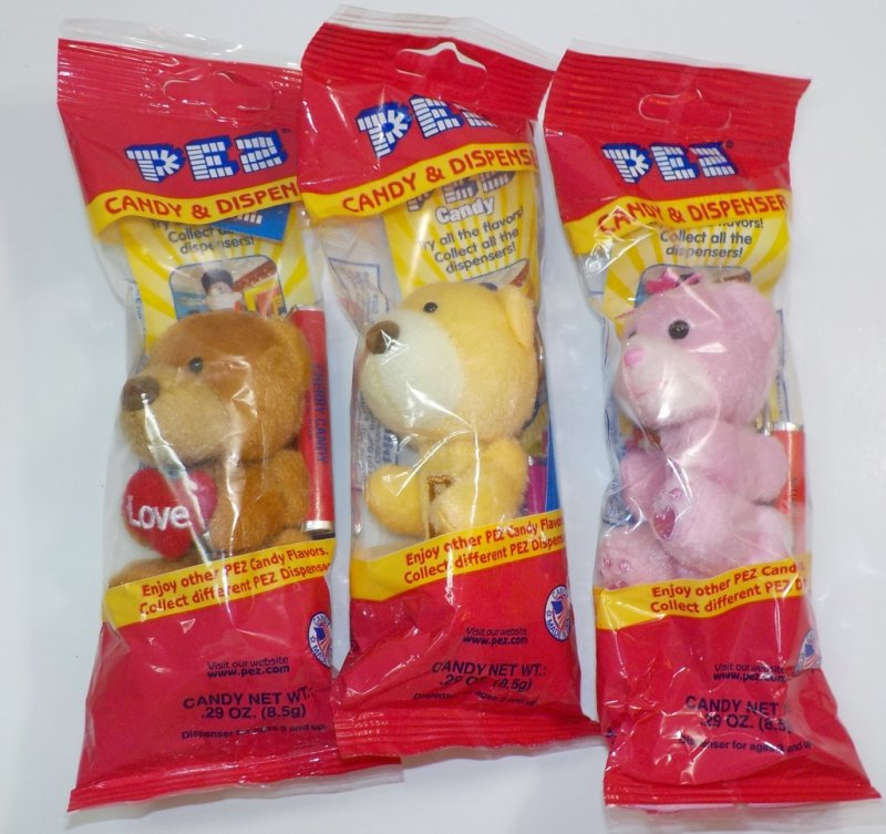 Pez Valentine's Plush Teddy Bears set of 3, Red cello bags