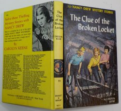 Nancy Drew #11 The Clue of the Broken Locket 2nd PC white II endpapers