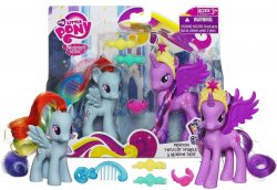 My Little Pony Crystal Princess Celebration Twilight Sparkle and Rainbow Dash