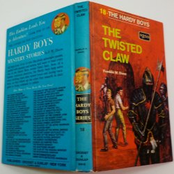 '.Hardy Boys The Twisted Claw.'