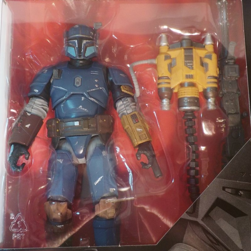 Star Wars The Mandalorian Black Series Deluxe figure