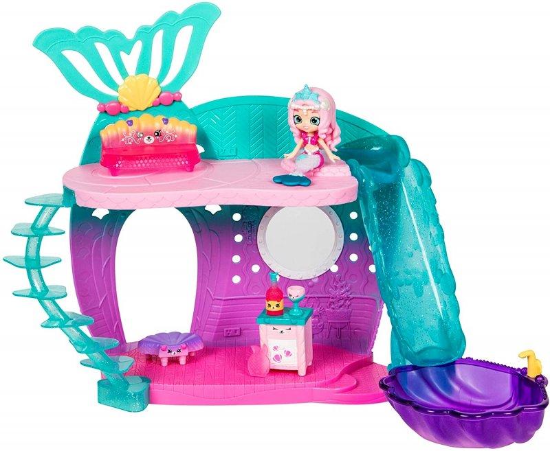 Shopkins Happy Places set includes Lil Shoppie doll & 5 furniture petkins