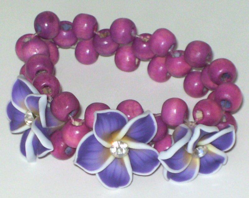 Image 0 of Purple 3 Flower Stretch Bracelet