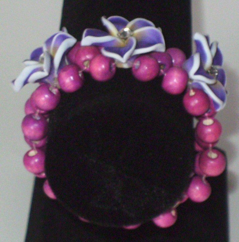 Image 4 of Purple 3 Flower Stretch Bracelet