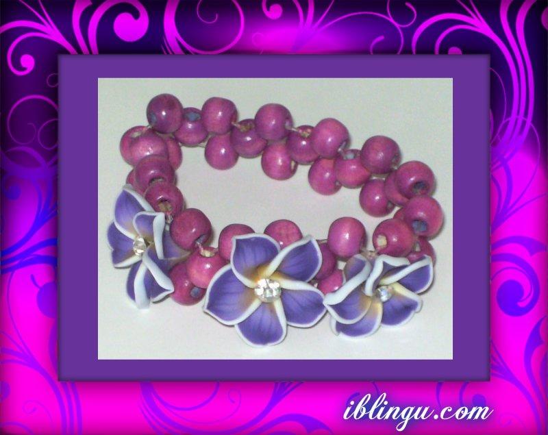 Purple 3 Flower Beaded Stretch Bracelet from iblingu.com