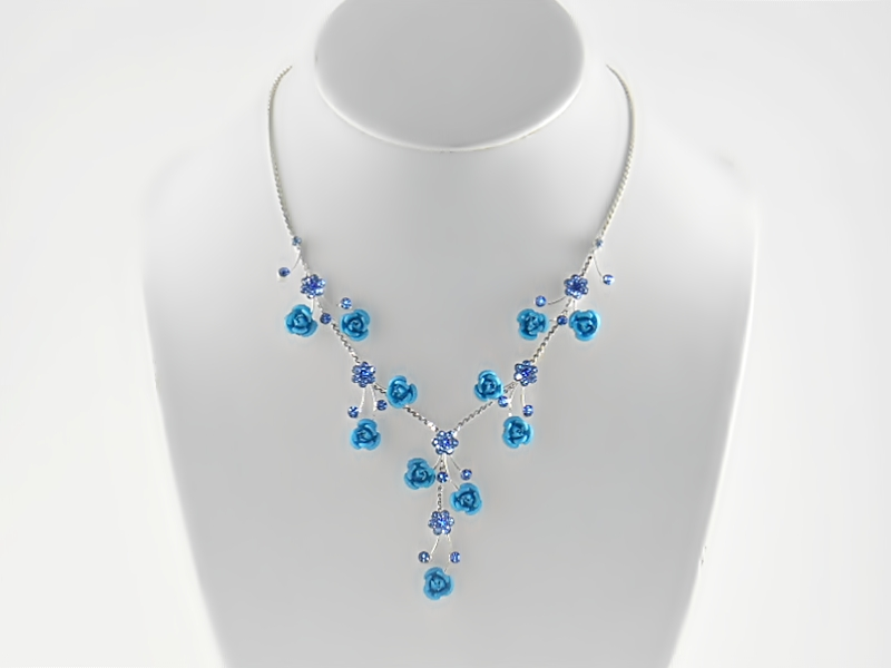 '.Blue and Silver Rose Necklace.'