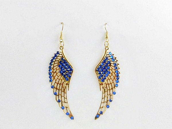 If casual bling is your thing, these blue and gold wing earrings belong in your jewelry collection today!