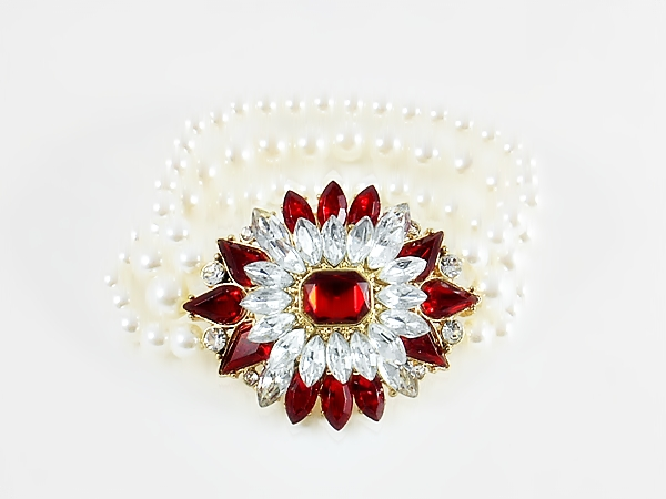 Crystal and Red Star Flower Pearl Stretch Bracelet