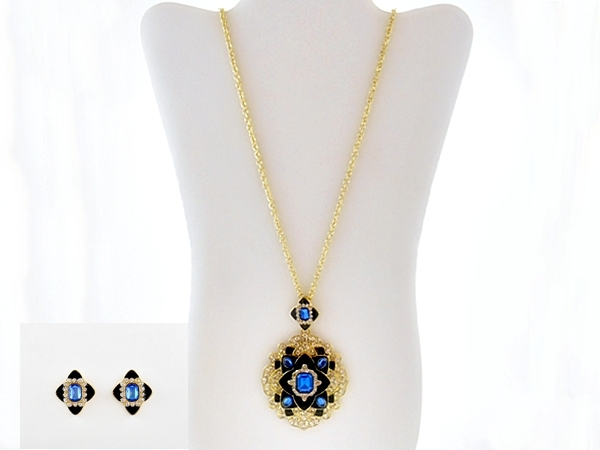 Art Deco Style Crystal Blue Pendant Necklace and Earrings