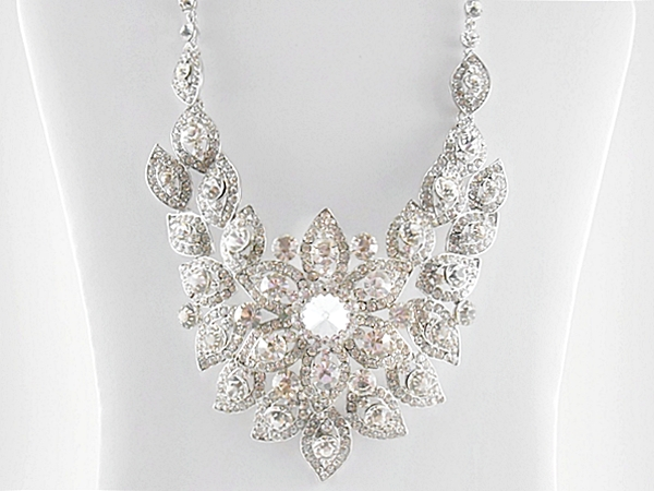 '.Rhinestone Formal Necklace Set.'