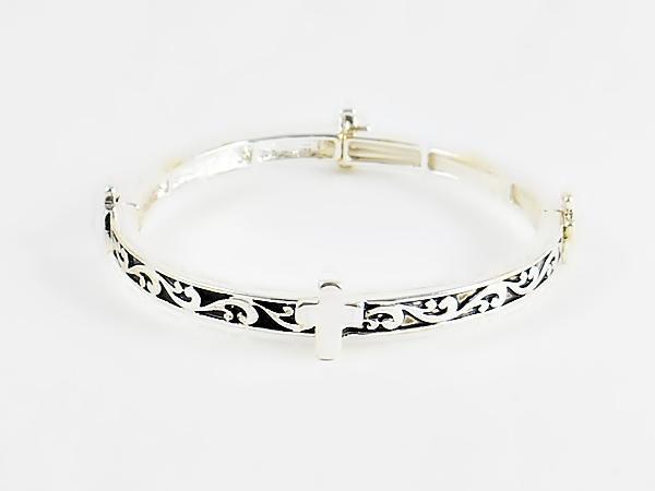 '.Silver Cross Bracelet.'