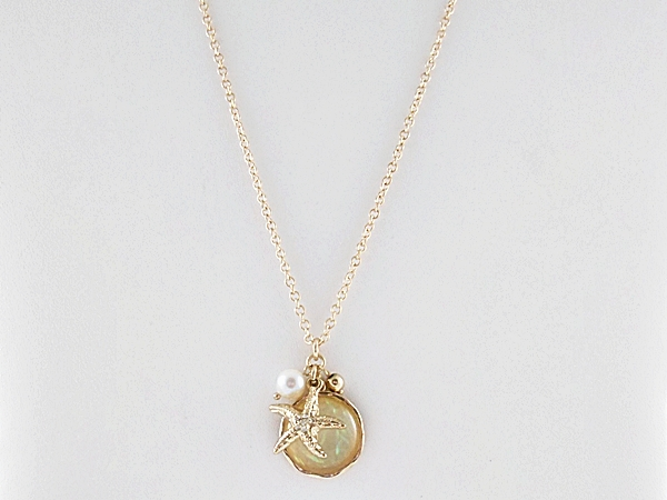 '.Starfish Charm Necklace Set.'