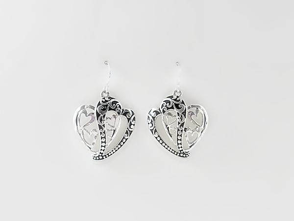 '.Silver Heart Earrings.'