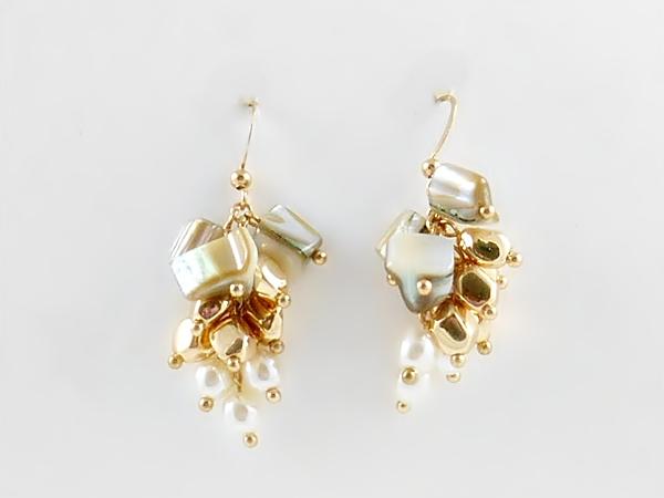 '.Shell Gold Cluster Earrings.'