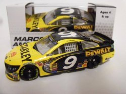 Action Lionel 1:64 Marcos Ambrose #9 Stanley 2nd Half 2013 Ford Fusion