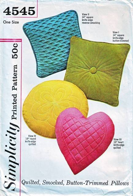 Simplicity 4545 Vintage Decorative Square Round Heart Pillows Sewing Pattern