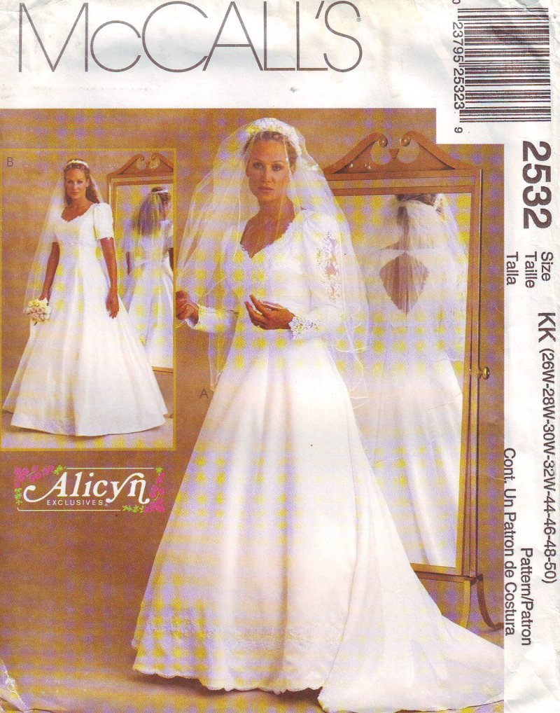Image 0 of McCall's 2532 ( 26W-28W-30W-32W-B-44-50) Women's Bridal Gown Sewing Pattern