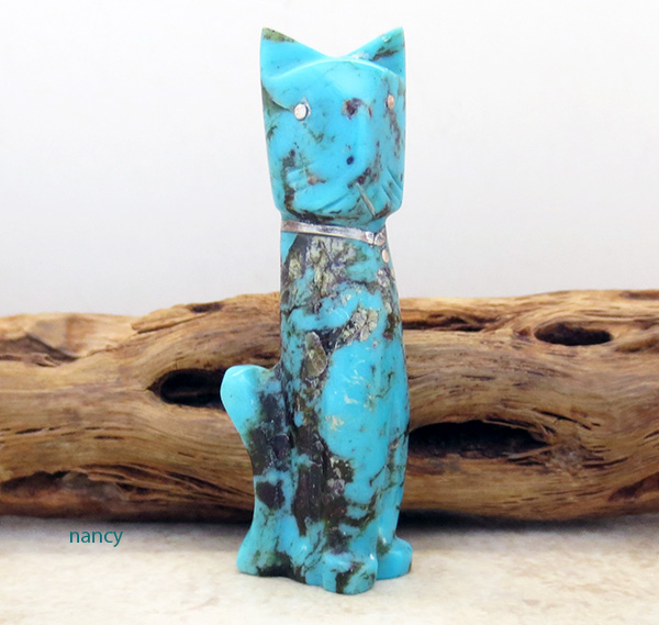 Hand Carved Turquoise Cat Fetish Zuni Made - 2630rio