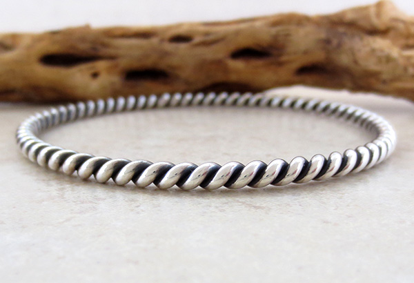 Image 1 of          Sterling Silver Bangle Bracelet Native American Jewelry - 2648rio
