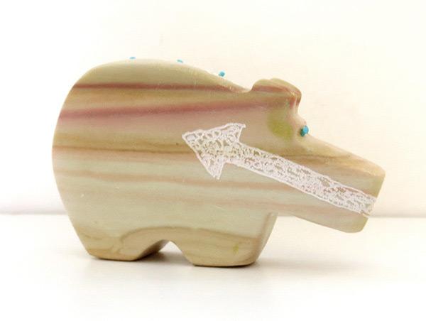 Image 0 of Hand Carved Bear Fetish Zuni Made - 1772ft