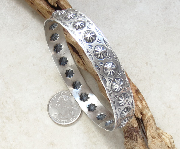 Image 3 of Large Stamped Sterling Silver Repousse Bracelet Virgil Begay - 3029rio