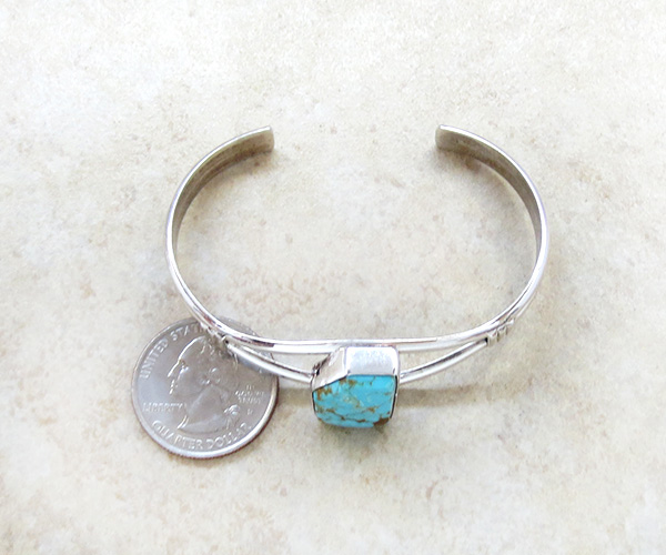 Image 4 of    Turquoise & Sterling Silver Bracelet Native American Jewelry - 3204sn