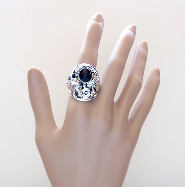 Image 5 of    Black Onyx & Sterling Silver Wolf Ring Size 11 Native American - 3241rb