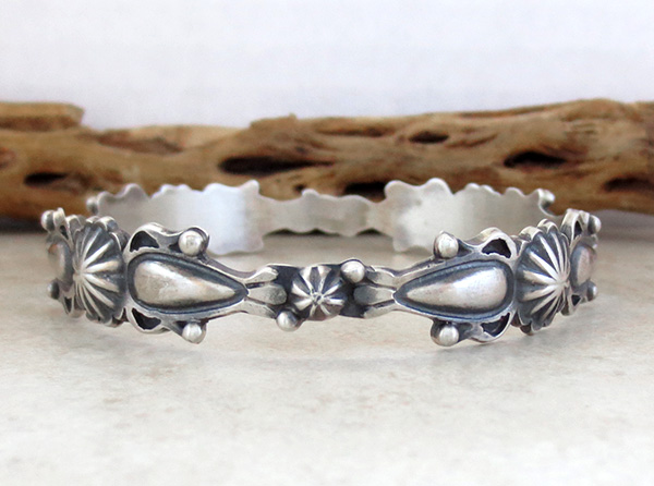 Image 2 of  Old Style Sterling Silver Bangle Bracelet Thomas Yazzie Navajo - 3856rio