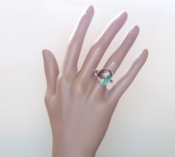 Image 5 of    Native American Turquoise & Sterling Silver Ring Size 8 - 1934sn