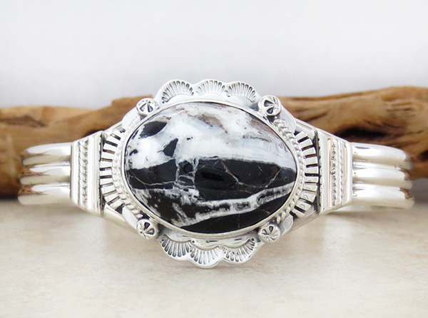 Large White Buffalo Stone & Sterling Silver Bracelet Navajo - 1649sn