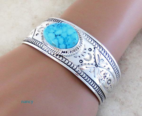 Image 1 of    Kingman Turquoise & Sterling Silver  Bracelet Joe Piaso Jr Navajo - 1435sn