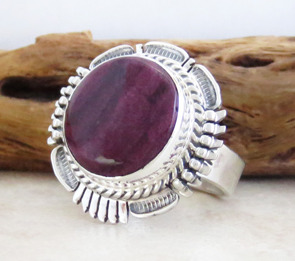 Image 2 of    Native American Purple Spiny Oyster & Sterling Silver Ring Size 8.75 - 1856sn