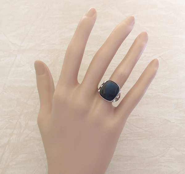 Image 3 of  Black Onyx & Sterling Silver Ring Size 8 Navajo Made - 4219rb