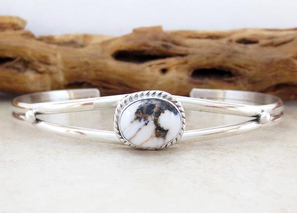 Small Native American White Buffalo & Sterling Silver Bracelet - 4127sn